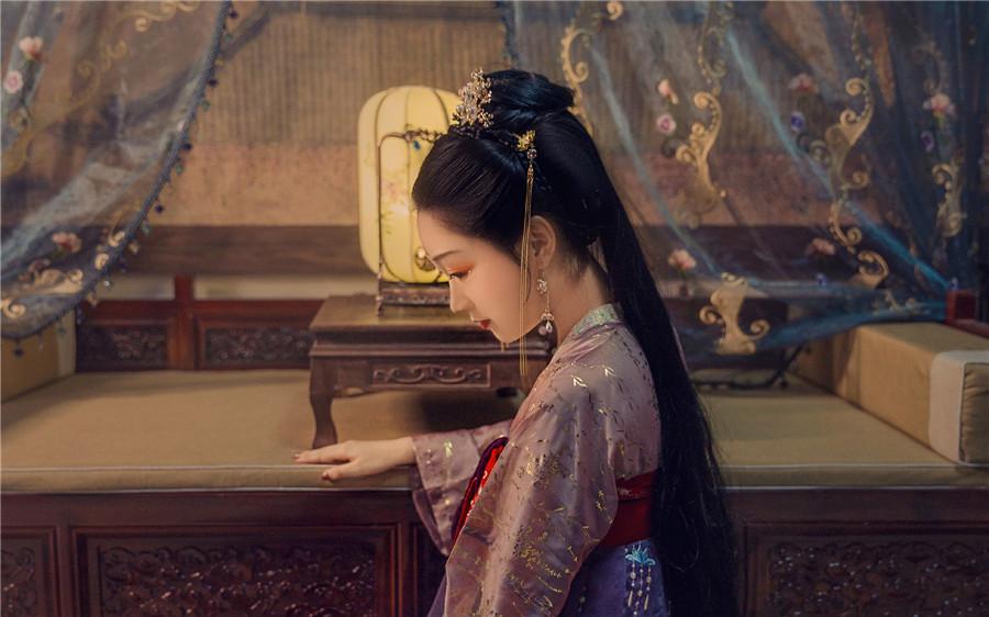 曲婉,凌慕白《情不由己:总裁请放手》小说全文免费在线阅读